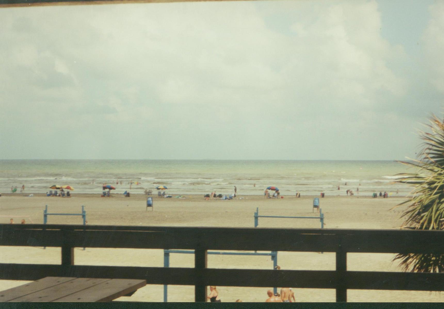 beach009.jpg